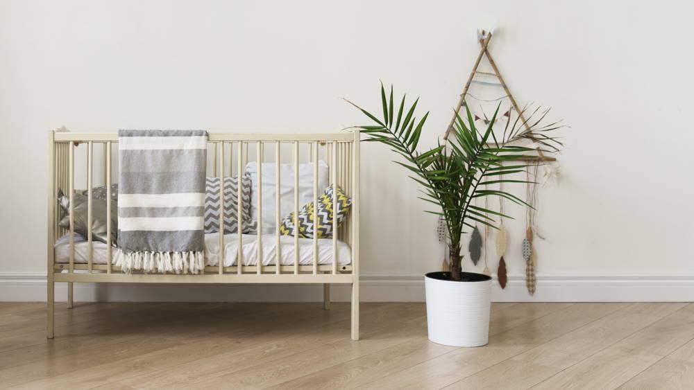 Rankingowe drewniane łóżeczko dla dziecka