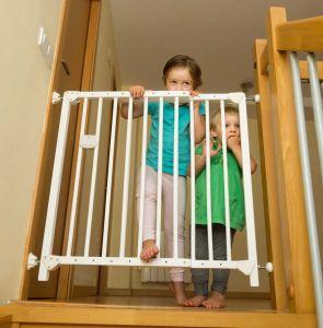 Rankingowa bramka zabezpieczajaca schody przed dziećmi