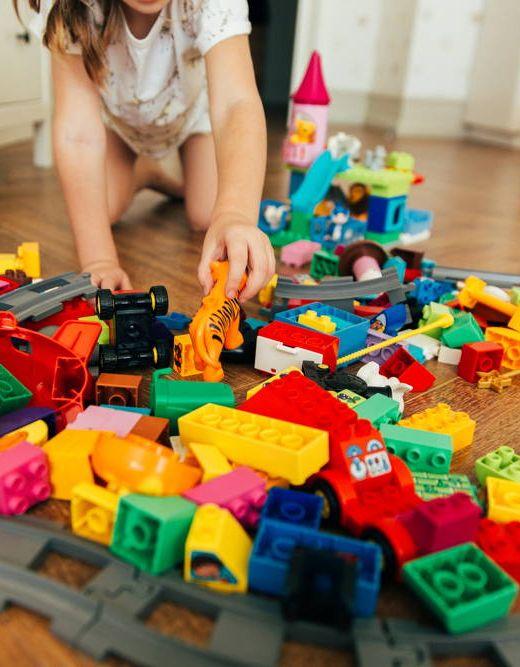 Brak odpowiednich mebli do porzadku w zabawkach